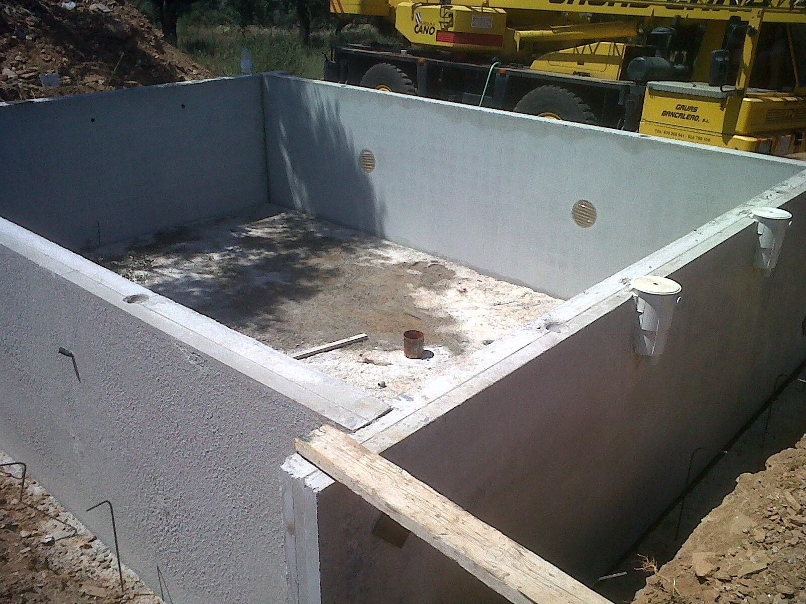 Design como construir un muro de hormigon armado la for Como se hace una piscina